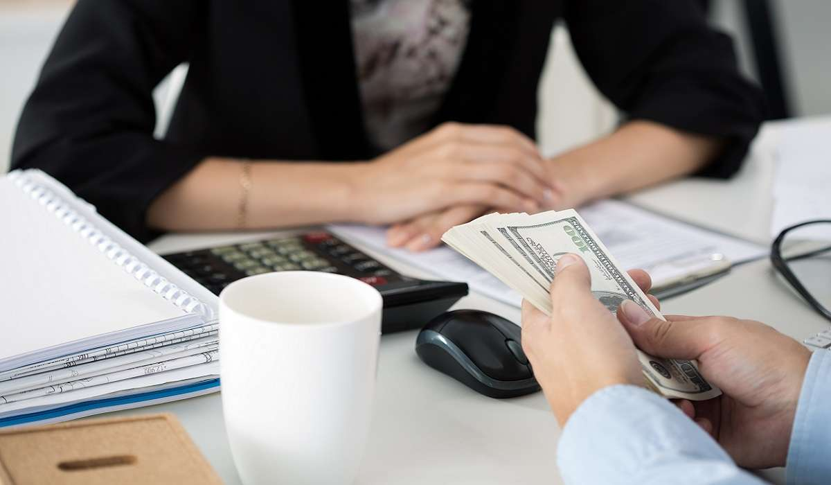 How to Distinguish between Deposit and Advance Payment
